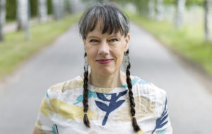 kirjailija Riikka Ala-Harja