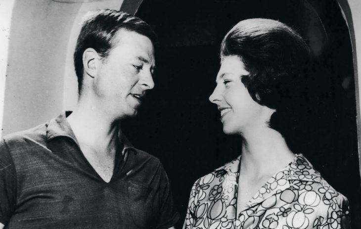 Ruotsin prinsessat: Kesällä 1964 prinsessa Désirée ja Niclas Silfverschiöld viettivät kuherruskuukauttaan Ranskan Rivieralla. Liitosta tuli onnellinen, ja se kesti aina miehen kuolemaan saakka.