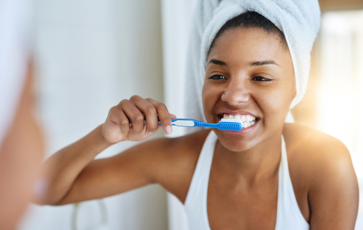 Ellei hampaiden eroosioon puutu, se etenee – joillakin nopeammin kuin toisilla.