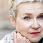– Ikääntyminen merkitsee minulle valtavaa vapautumista, sanoo kirjailija Sirpa Kähkönen.