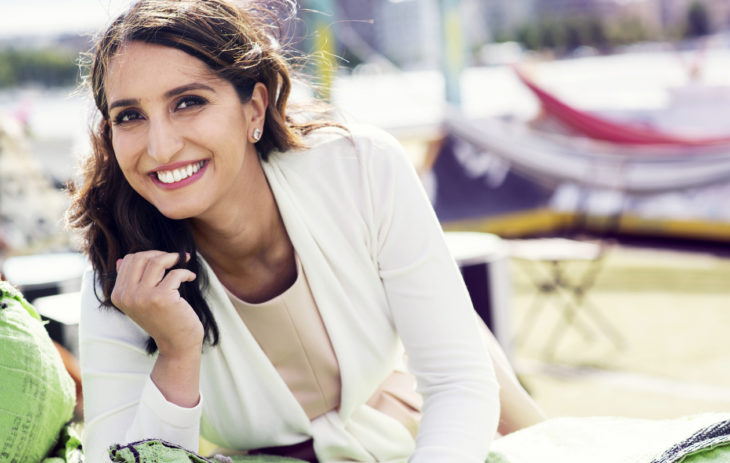 – Olen oppinut, että maailmaa voi muuttaa monella tavoin, Nasima Razmyar sanoo.