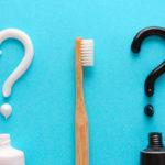 Valkaisevien tuotteiden teho perustuu usein värioppiin. Kun hampaiden pintaan lisätään tummaa, hampaat näyttävät pesun jälkeen automaattisesti vaaleammilta.