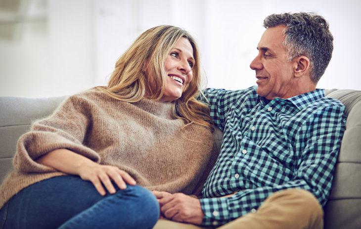 Rakastavassa ja tasapainoisessa suhteessa halu muuttaa toista kasvaa harvoin suureksi ongelmaksi.