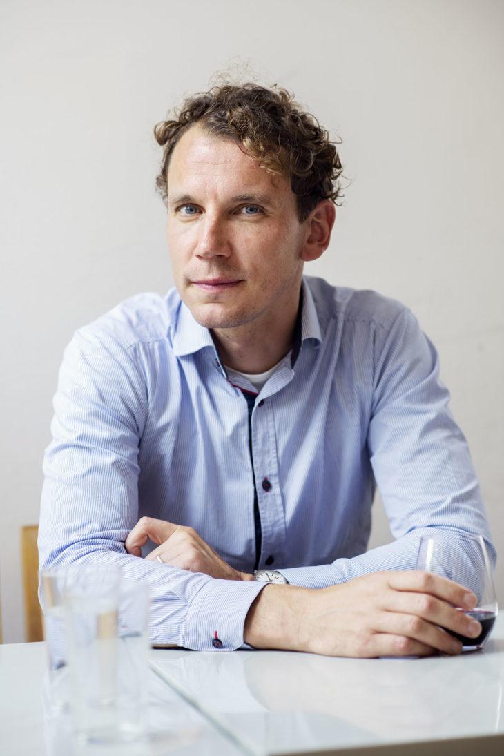Kirjailija Juha Itkonen