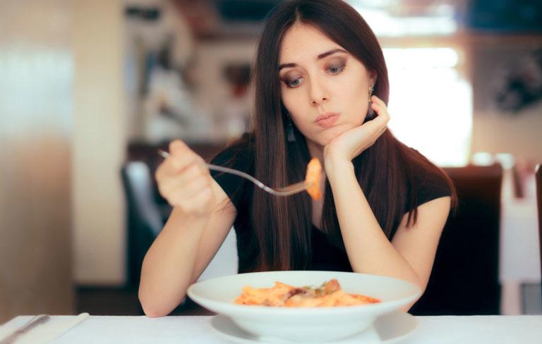 Ruoat, jotka turvottavat vatsaa.