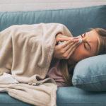 Flunssassa on valmis kokeilemaan kaikkea. Flunssanhoito sujuu, kun erottaa poppaskonstit todellisista hoitokeinoista.