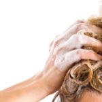 Hiukset ovat kuin silkkipaita. Jos niitä pesee tiuhaan tahtiin liian korkeassa lämpötilassa, hiukset menevät huonoon kuntoon.
