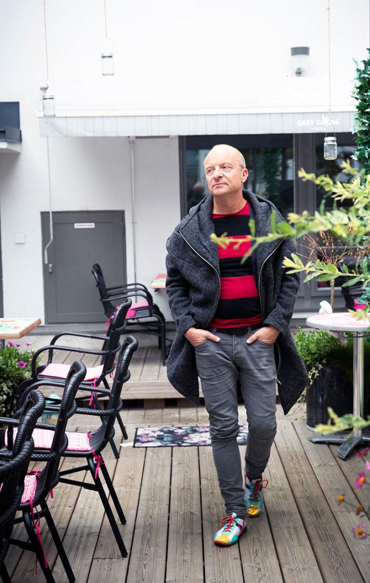– On yksi elämäni suurimmista etuoikeuksista, että sain tulla isäksi, Jonas Gardell sanoo. Hänellä on kaksi lasta suomenruotsalaisen Mark Levengoodin kanssa.