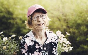 Helena Mäkelä kertoo hymyilevänsä aina.