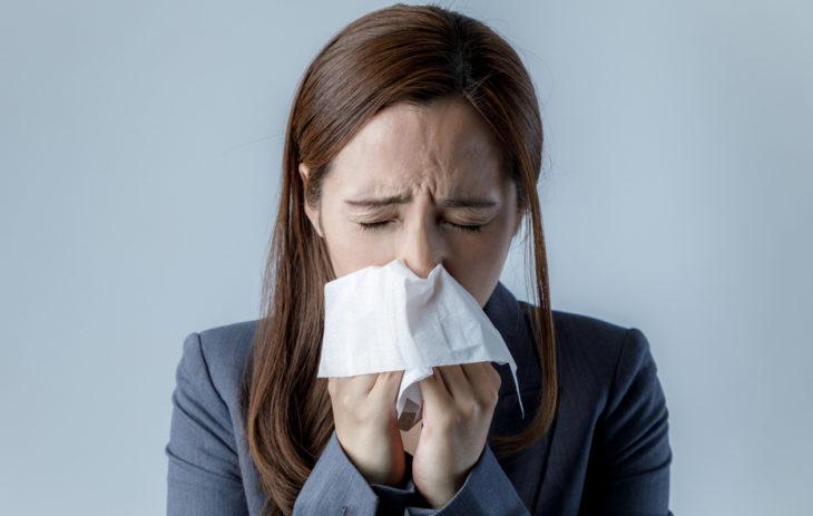 Mikä auttaa flunssaan?
