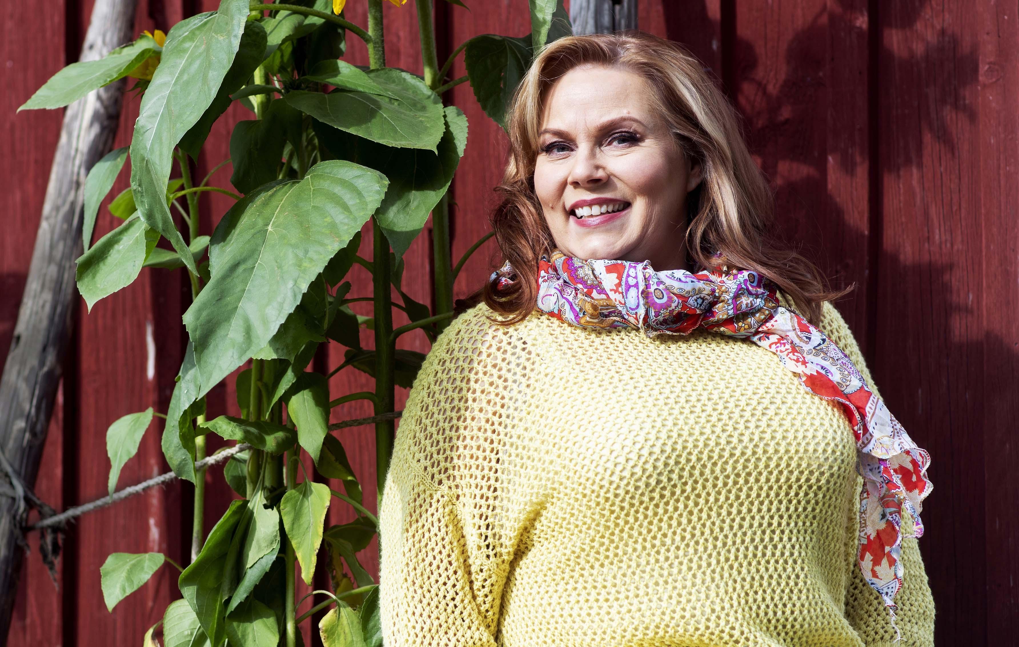 Nina Mikkonen toipui masennuksesta miehensi Timo T. A. Mikkosen kuoleman jälkeen