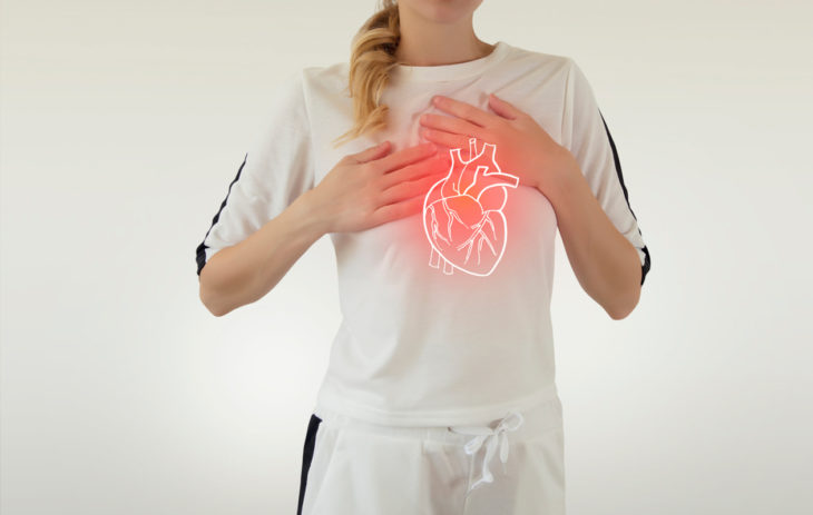 Sydänlihastulehdus oireilee muun muassa rintakipuna, mutta siihen voi liittyä myös pyörtymistä ja sykkeen nousua.
