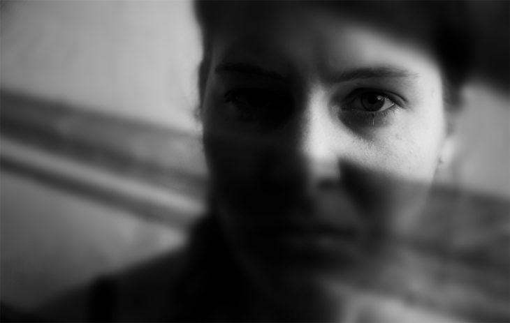 Annelle jäi puukoniskuista pysyvä keskivaikea aivovamma, joka aiheuttaa muistin, keskittymisen ja aikaansaamisen ongelmia.