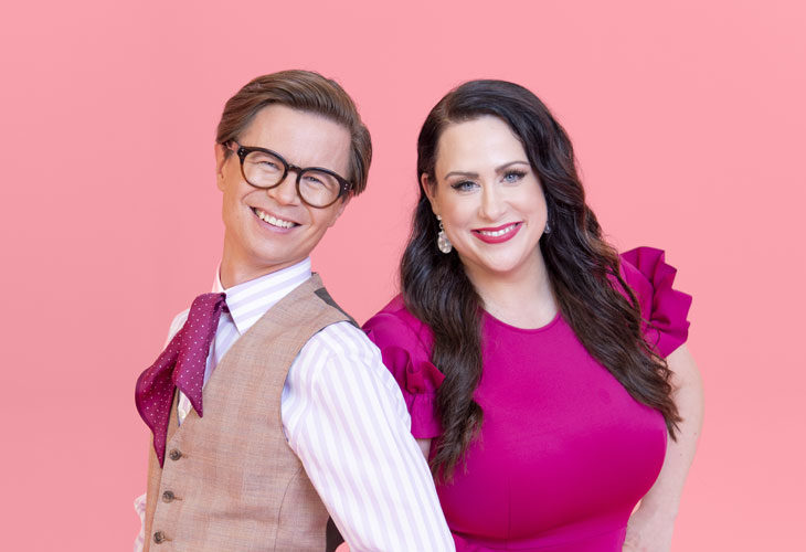 Mitä pitää muistaa hääpukua ostaessa? Sami Sykkö ja Niina Kuhta auttavat morsiamia löytämään täydellisen häämekon.