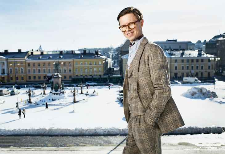 Muotiasiantuntija Sami Sykön mukaan suomalaiset ovat muodin tekijöinä persoonallisen kiinnostavia.