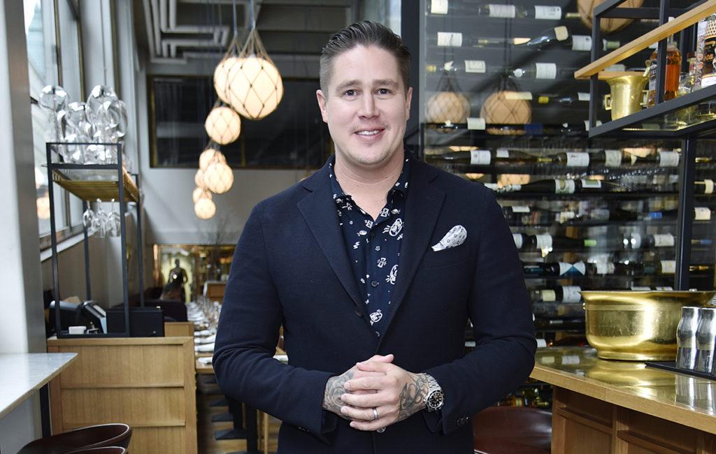 Tomi Björck, 39, kokkaa ja maistelee aasialaista ruokaa myös tv-ohjelmassa Tomi ja uskomaton Aasia keskiviikkoisin TV5:llä.