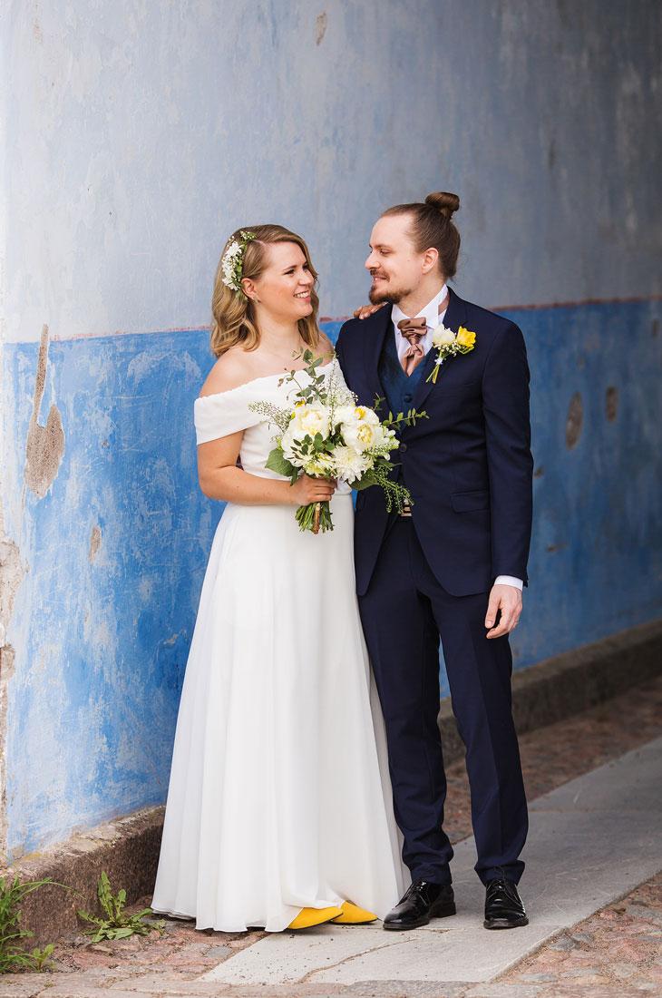 Ensitreffit alttarilla -ohjelman Katja ja Olli ovat ystäviä.