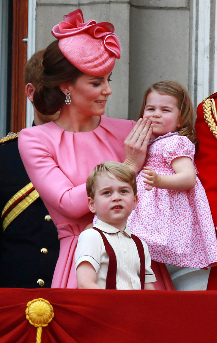 Catherinea on haukuttu julkisesti laiskuriksi, kun hän on valinnut perheensä edustusvelvoitteiden sijaan.