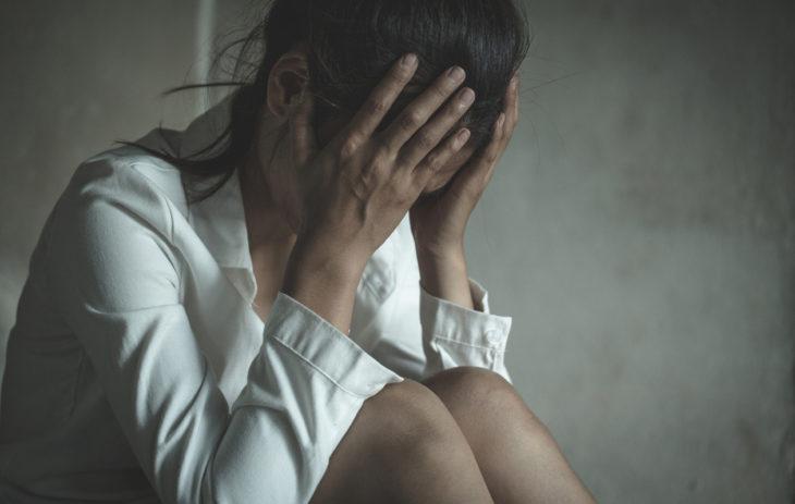Syömishäiriöissä ruokailuun voi liittyä tiukkoja sääntöjä ja kontrollia.