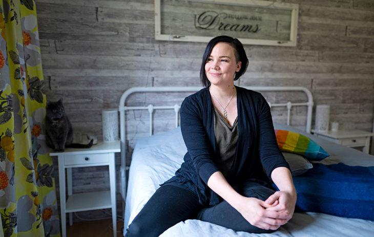 Eevi Vekkeli kertoo saaneensa äidiltään vahvan naisen mallin: naisena voi olla monenlainen ja omillaan pitää tulla toimeen.
