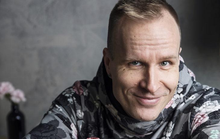 Mikko Kekäläinen kehottaa tutustumaan vastakkaisiin mielipiteisiin.