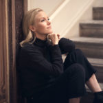 Helene-elokuva tulee ensi-iltaan tammikuun 17. päivänä. Laura Birn ei kanna tekemiään rooleja mukanaan. – Kun kuvaukset päättyvät, edessä on usein jo uusi työ uudessa ympäristössä uusien ihmisten kanssa. Se vie ajatukseni.
