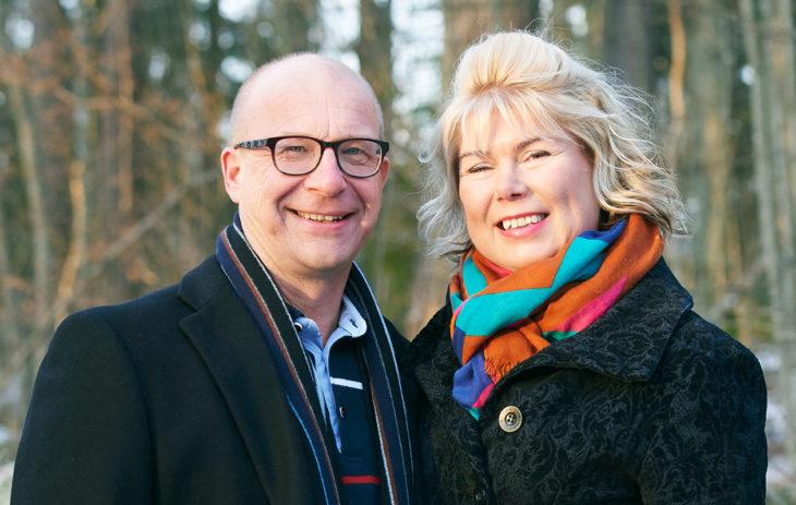 Mika Pesonen ja Minna Oulasmaa olivat tavatessaan molemmat eronneet, ja lapset olivat jo isoja.