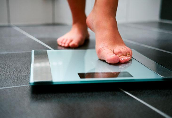 Kotivaa'at mittaavat myös kehon rasvaprosenttia.