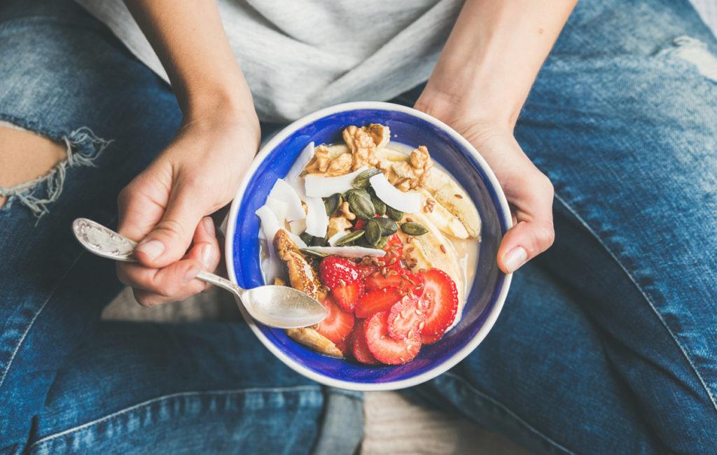 Mikään yksittäinen ruoka-aine ei toimi muistisairauksia vastaan, vaan aivot pitää virkeinä monipuolinen ja terveellinen ruokavalio.