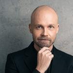 Juha Tapio pitää taukoa keikkailusta.