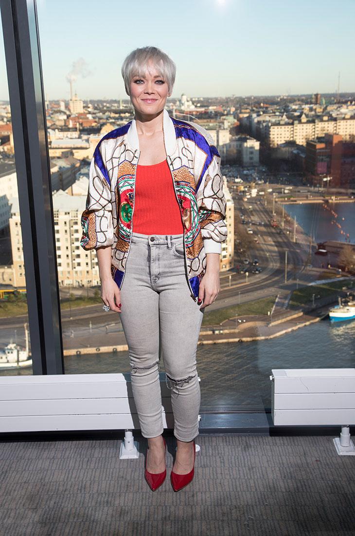 Anna Puu leikkasi pitkät hiuksensa lyhyeksi vuonna 2017.