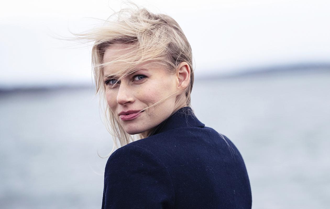 Näyttelijä Minka Kuustonen