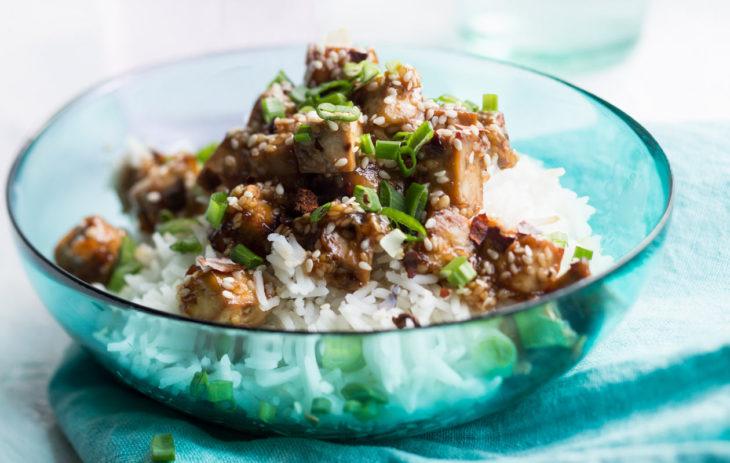 tofua ja riisiä