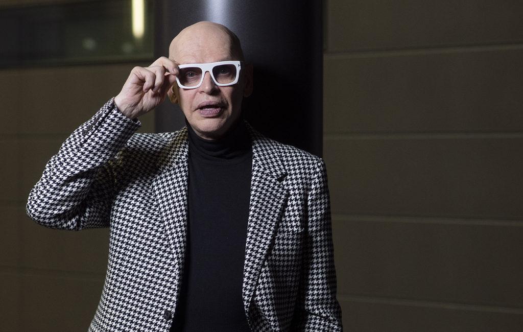 Jorma Uotisen, 69, vauhti ei hidastu. Hän on Talent Suomi -ohjelman tuomarina, esiintyy Kansallisoopperan Ariadne auf Naxos -oopperassa ja tanssii Anna Karenina -teoksessa tapahtumakeskus Telakalla.