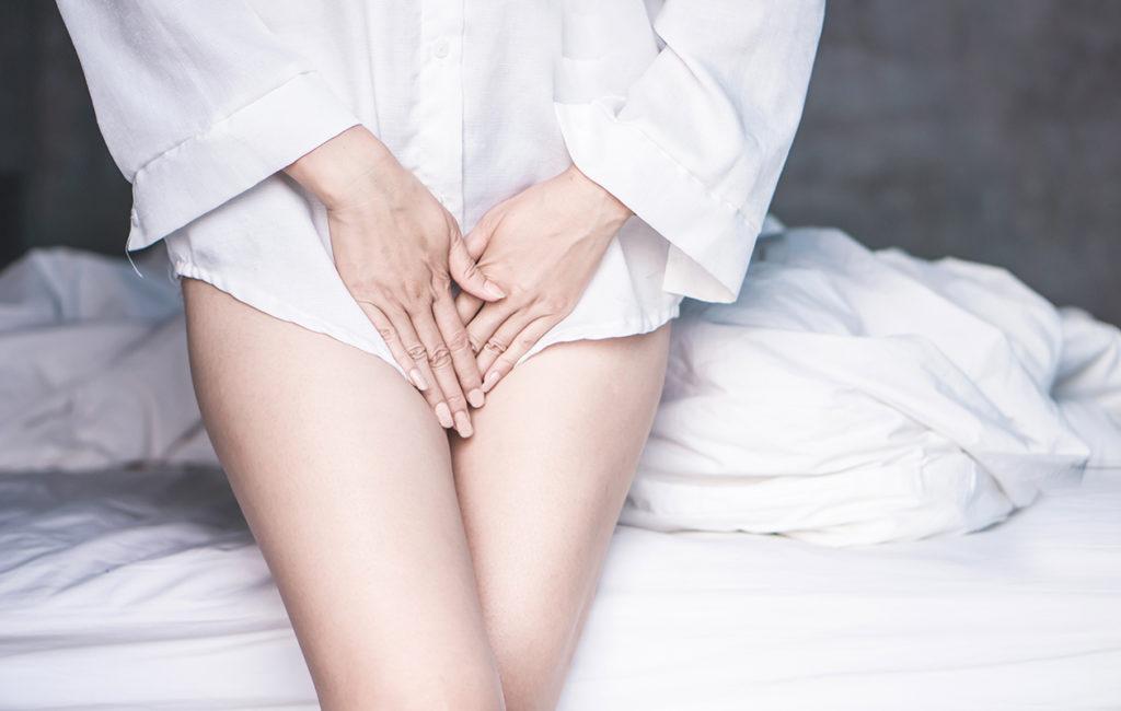 Hiivatulehdus ja bakteerivaginoosi ovat ikäviä vaivoja, mutta niitä voi hoitaa kotikonstein.