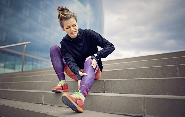Selkäkipu voi olla syy vaihtaa juoksulenkit kävelyyn.