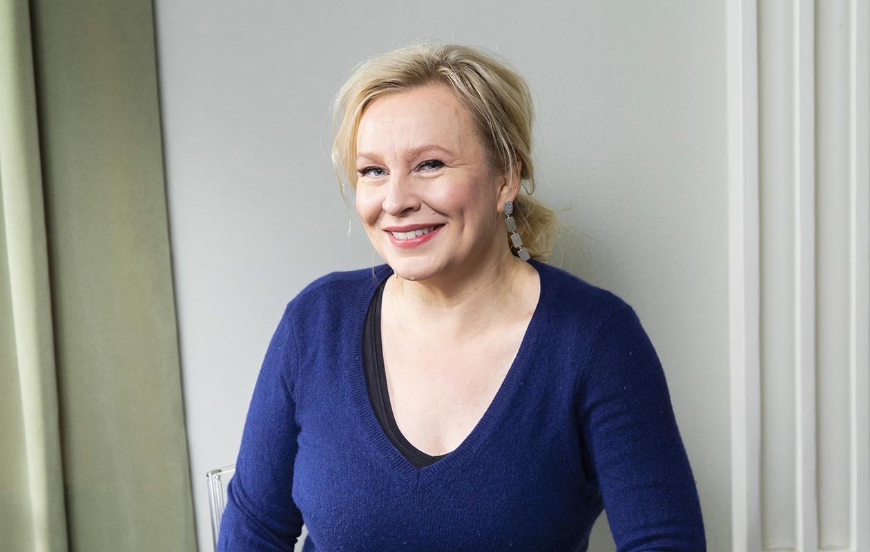 Heli Sutela on yksi Helsingin Manala-ravintolassa 5.–7. maaliskuuta vietettävän Naistenpäivän komiikkafestivaalin esiintyjistä.