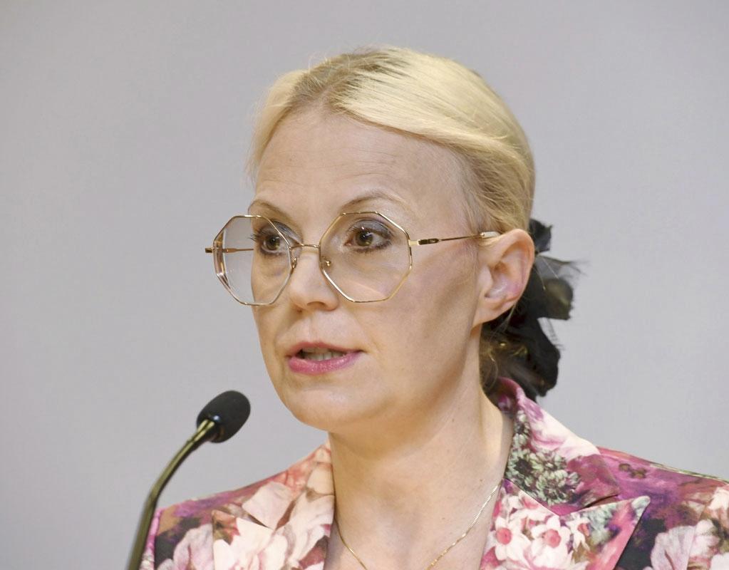 Valtio-opin dosentti Hanna Wass
