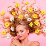 Pitkien hiusten kasvattaminen vie aikaa – se on fakta.