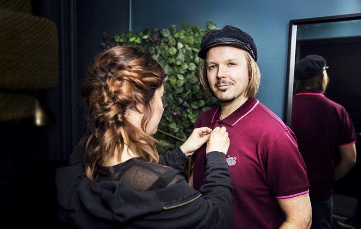 Teija on Jukka Poika Musiikki Oy:n organisaattori ja monitoiminainen.