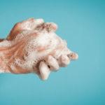 Käsienpesu on tehokas keino ehkäistä koronaviruksen tarttumista.