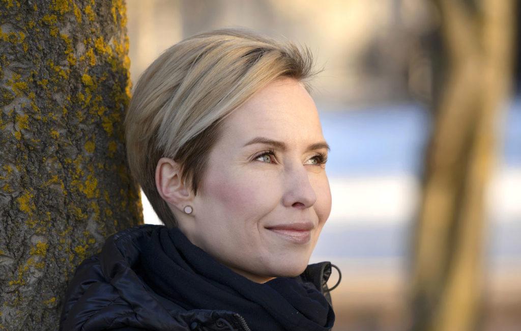– Olen päässyt pahimman yli, Heidi Nieminen sanoo nyt erostaan.