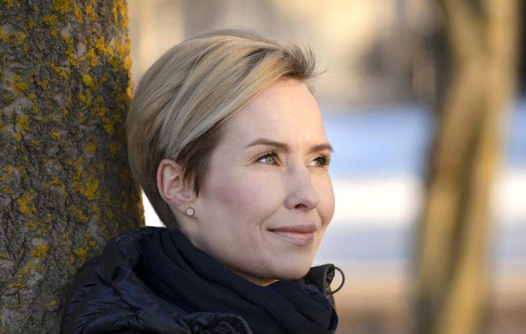 Heidi Nieminen puhuu erosta Annassa