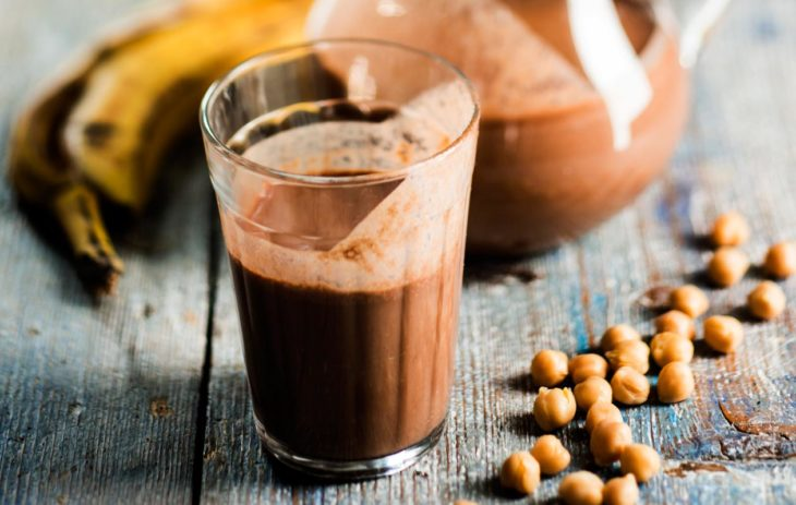 suklaa-kikhernejuoma