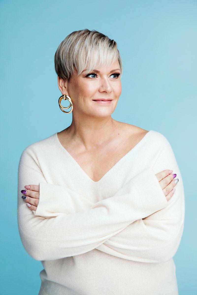 Heidi Sohlberg on totuttu viime vuosina näkemään lyhyessä tukassa. Uusi, eteenpäin kammattu moderni pixie toi kivaa vaihtelua tyyliin.
