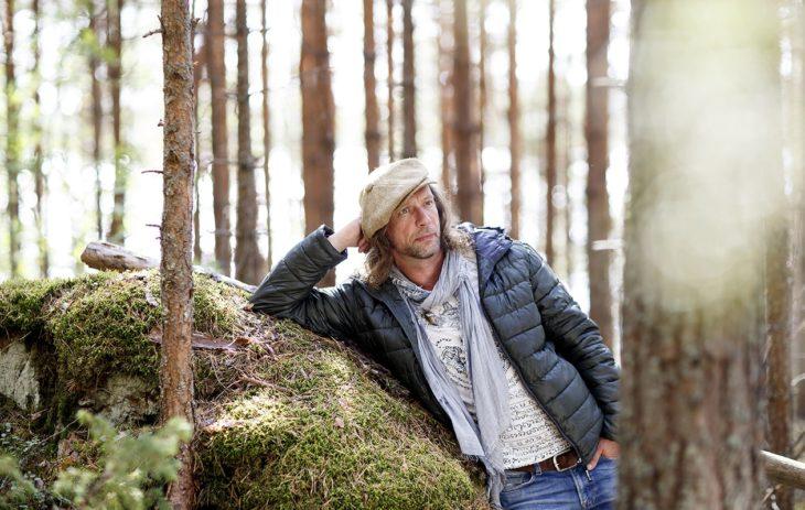 Antti Reini on ihmiskauppias kansainvälisessä uutuussarjassa Cold Courage, joka on nähtävissä Viaplayssä.