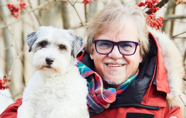 Mikko Alatalo ja koira.