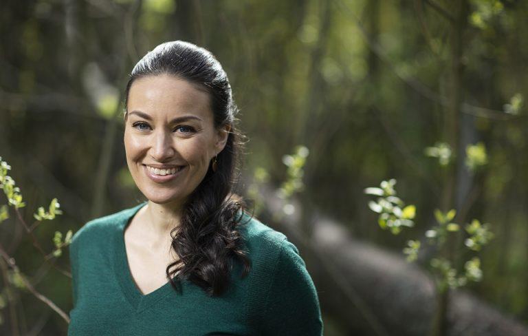 Jasmin Hamid on arvoiltaan vihreä ja siksi kuluttaa kohtuullisesti.