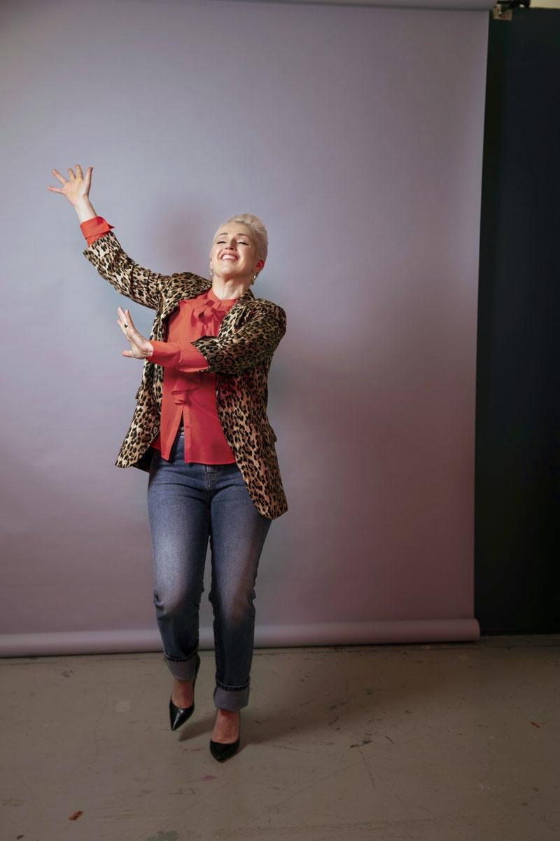 Anna Perho tanssii.