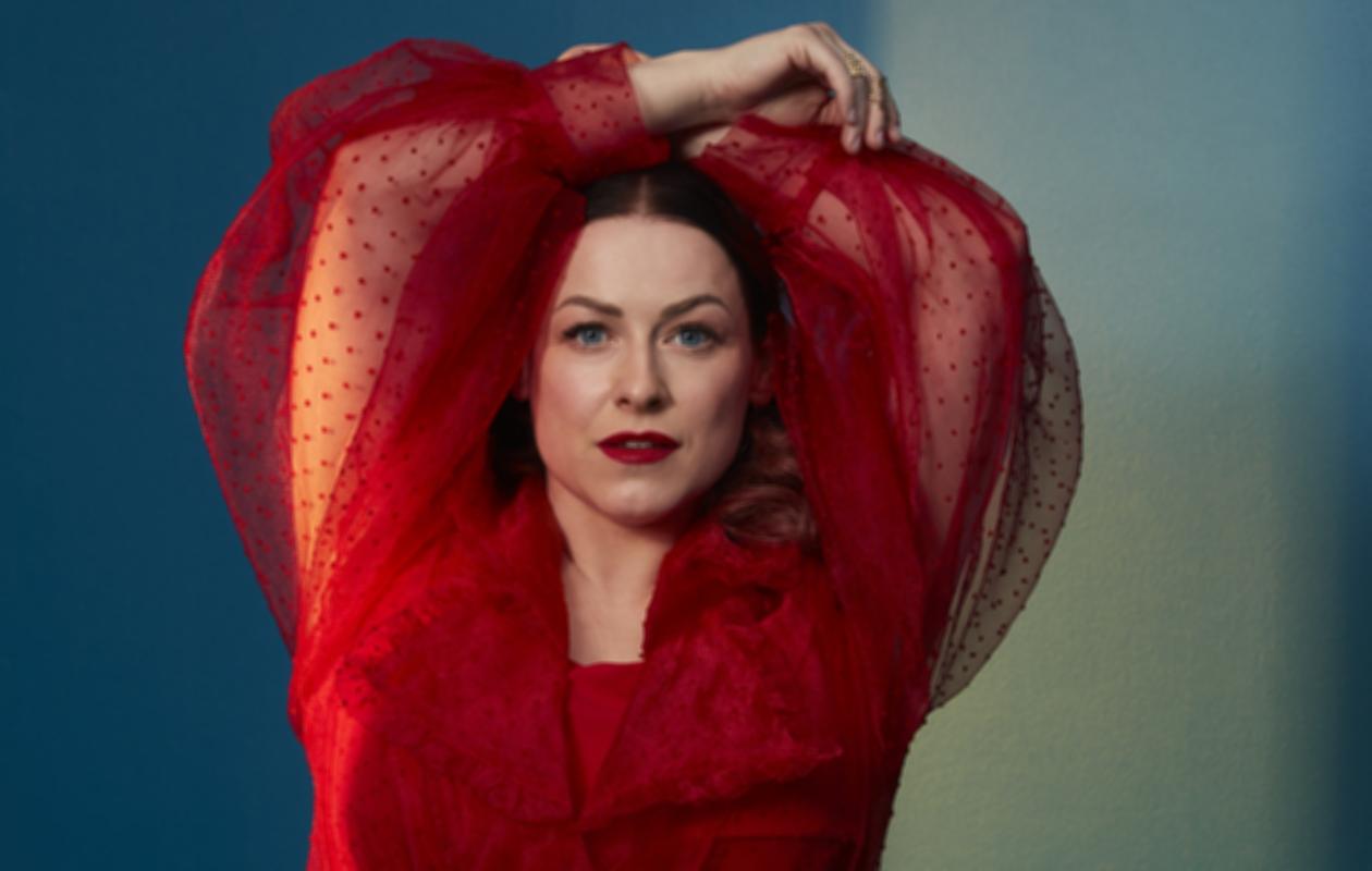 Erin, 42, julkaisi uutta musiikkia toukokuussa. Tuoreen kappaleen nimi on Yhtenä sunnuntaina.
